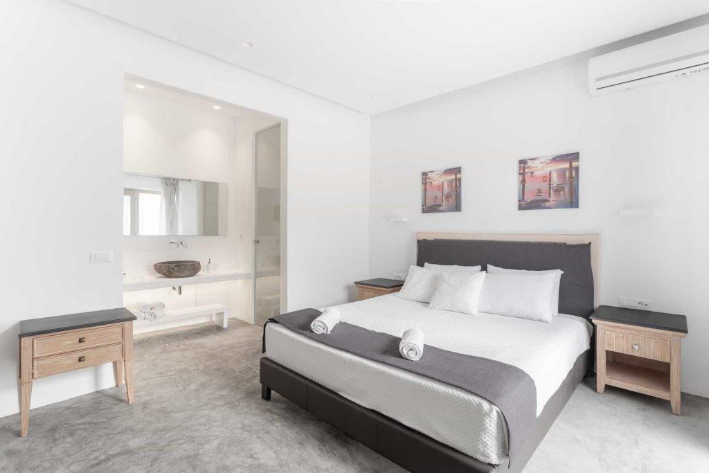 Mykonos luxury villa Panamera22