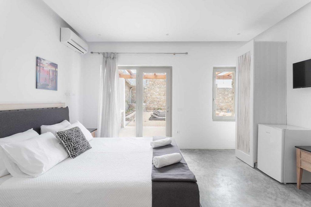Mykonos luxury villa Panamera24