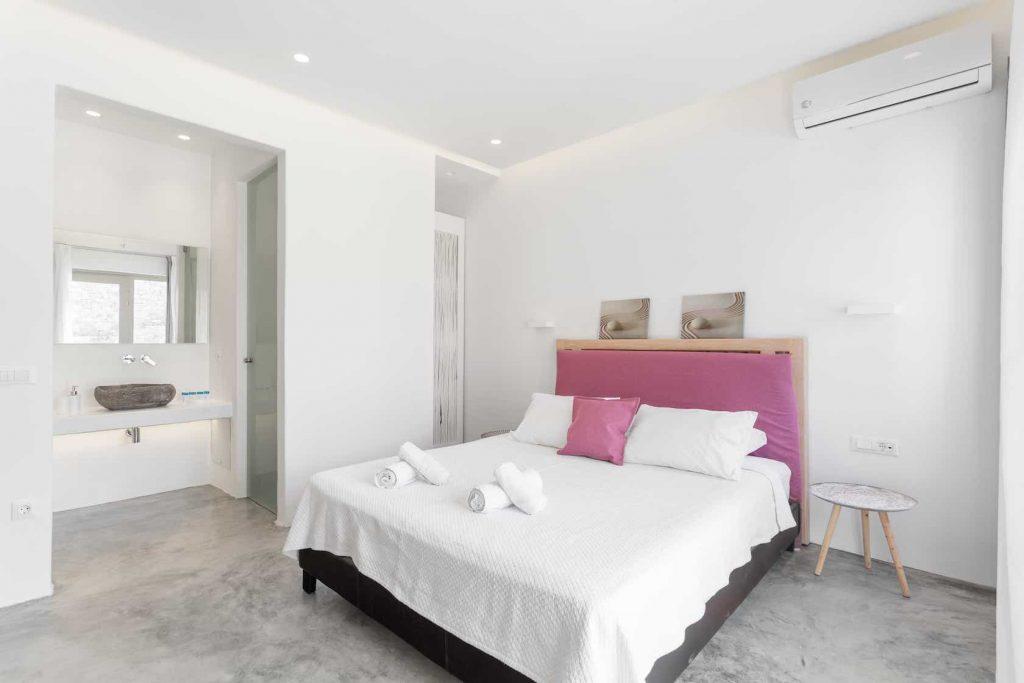 Mykonos luxury villa Panamera28