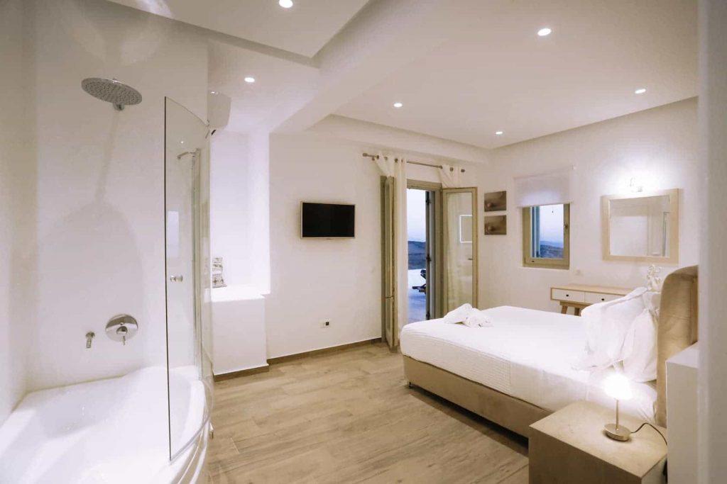 Mykonos luxury villa Panamera35