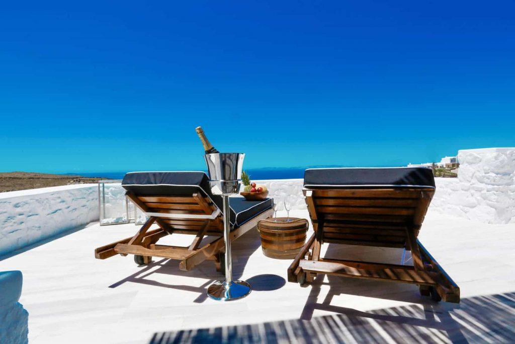 Mykonos luxury villa Panamera44