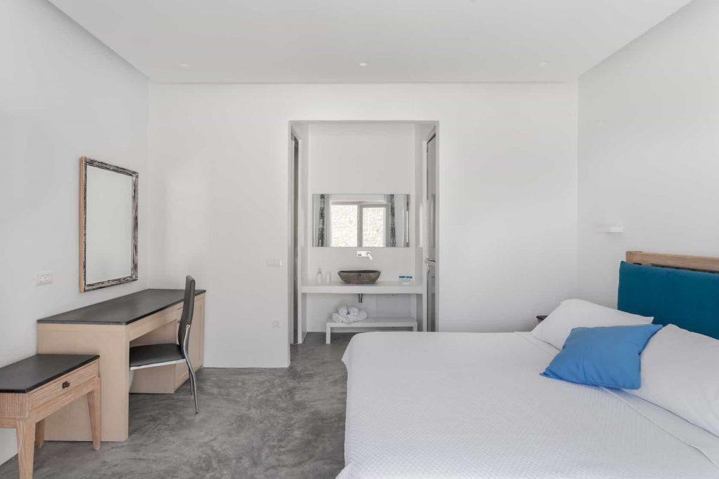Mykonos luxury villa Panamera5