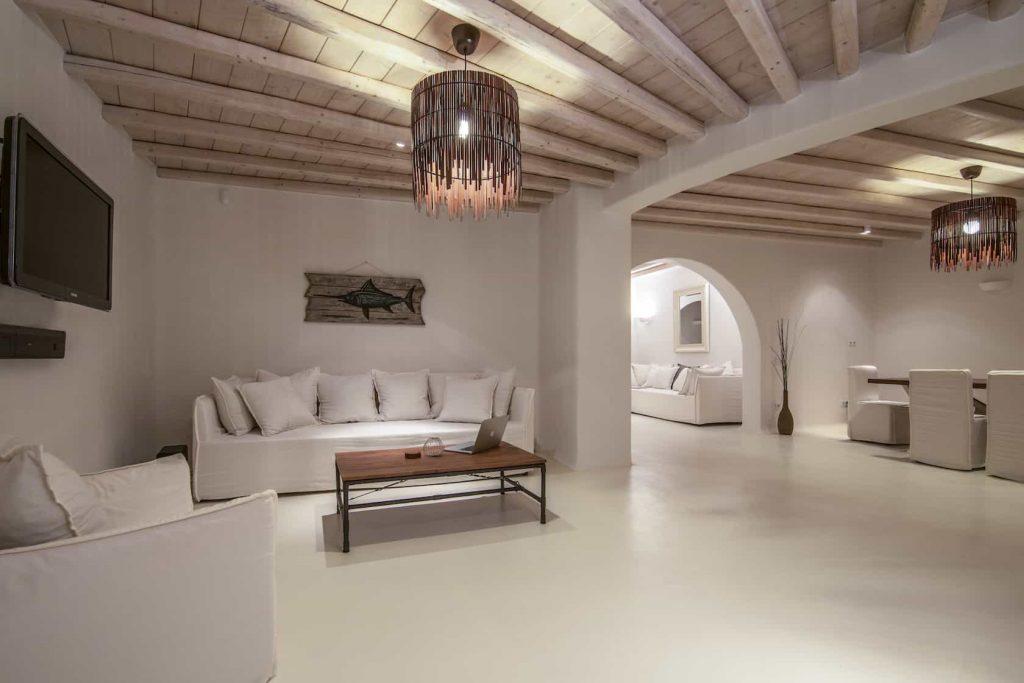 Mykonos luxury villa Parole21