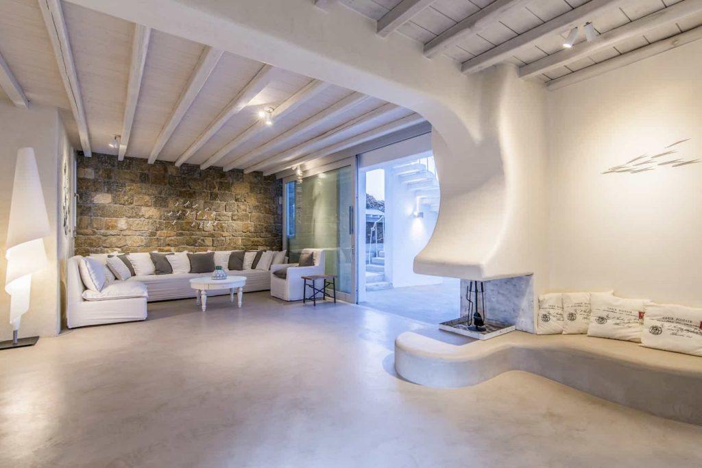 Mykonos luxury villa Parole24