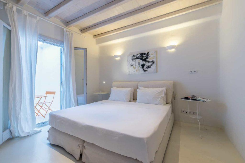 Mykonos luxury villa Parole8