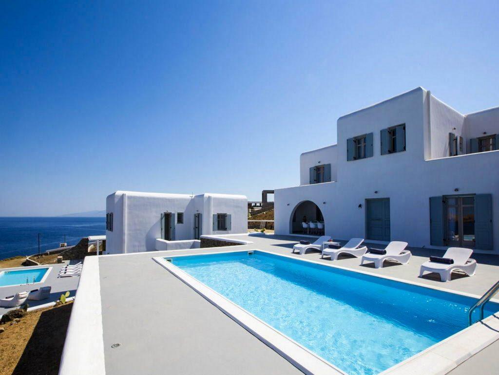 mukonos luxury villa petra 00010