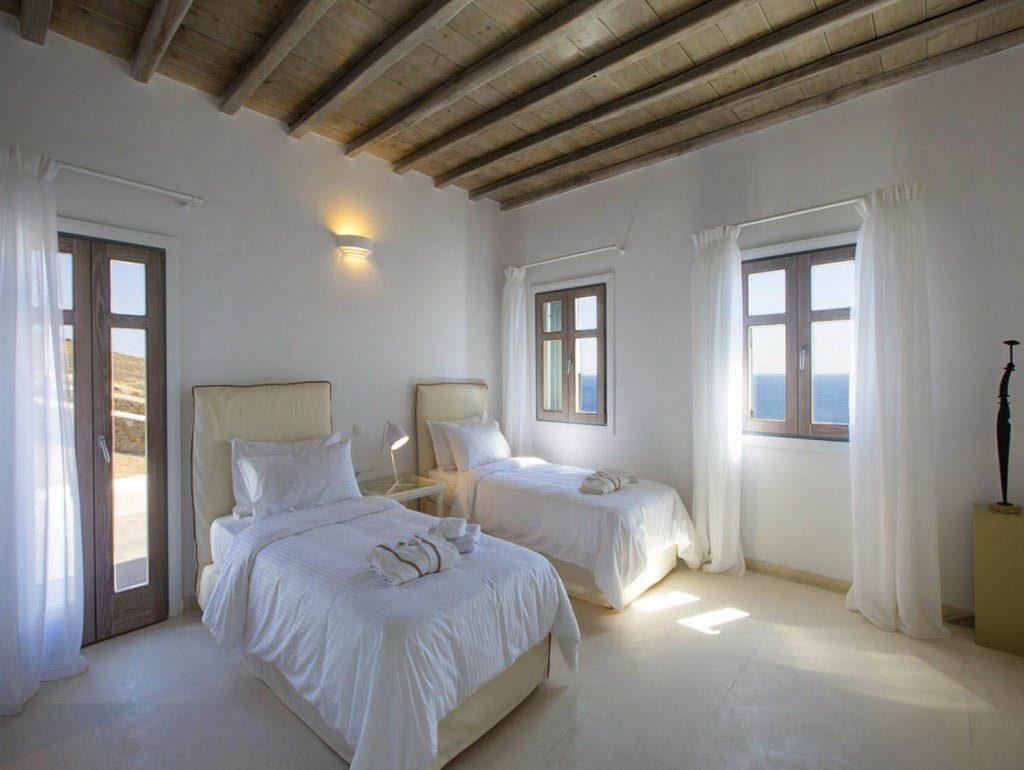mukonos luxury villa petra 00020