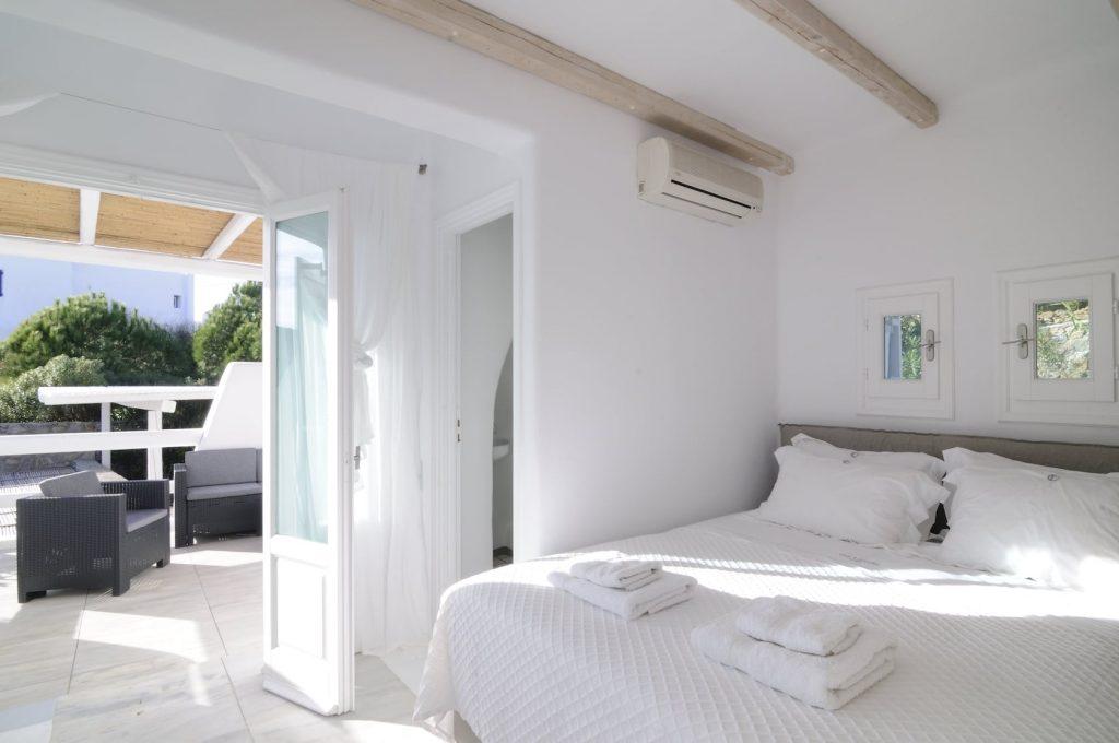 Mykonos Luxury Villa Phoenix13