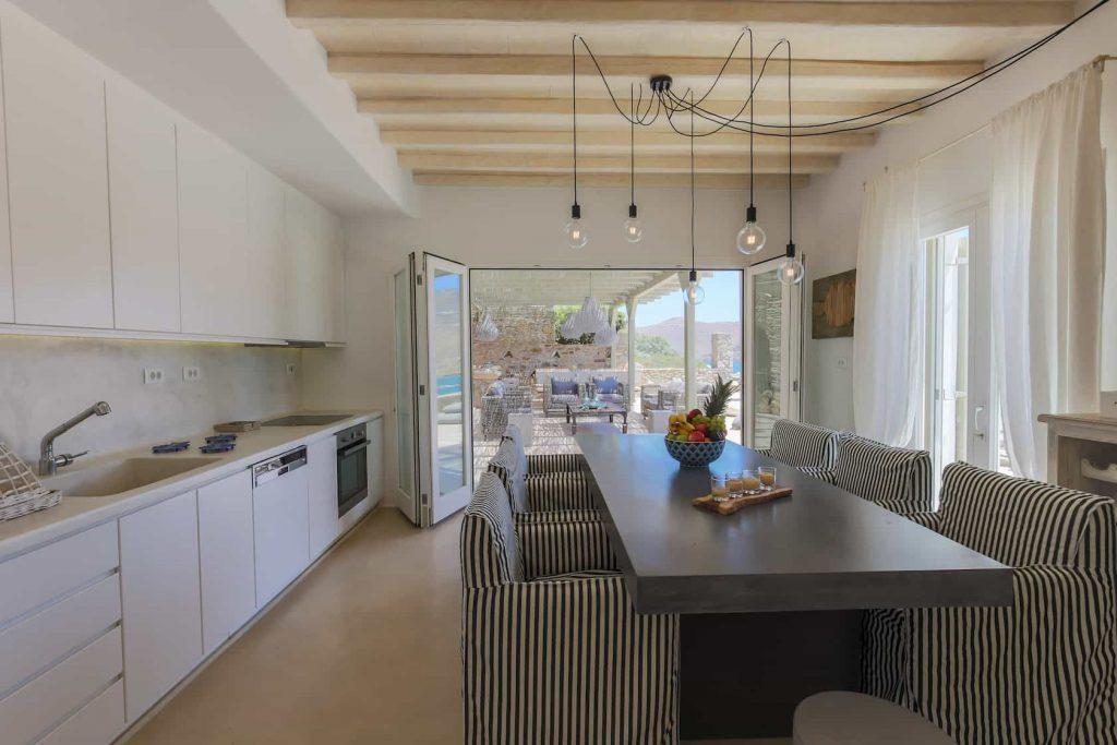 Mykonos luxury villa Savina36