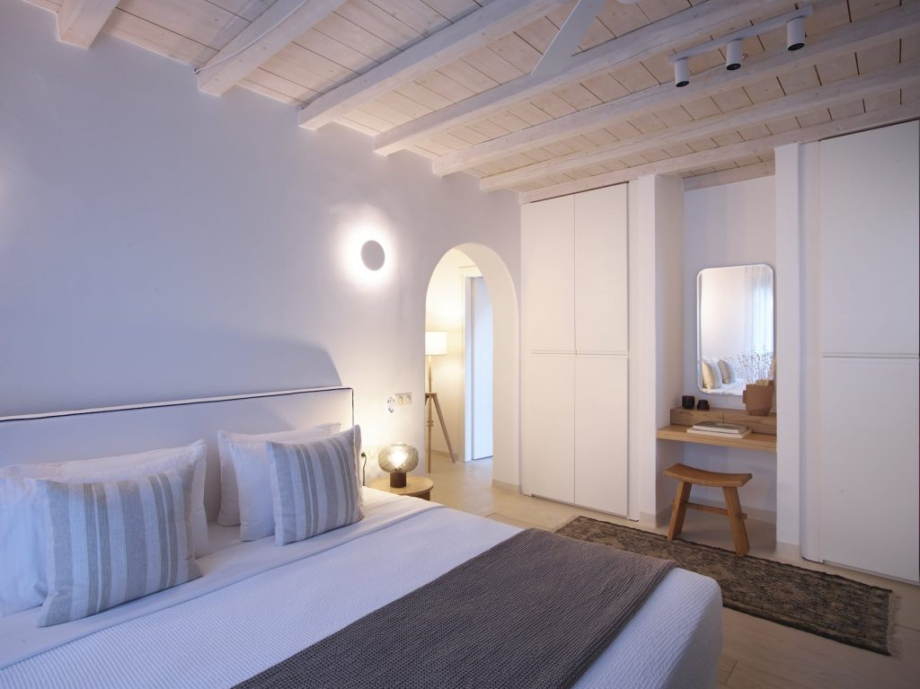 Mykonos-Luxury-Villa-Sierra34