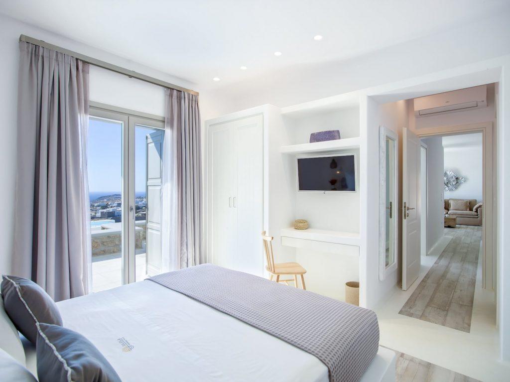 Mykonos-Luxury-Villa-Soleila12