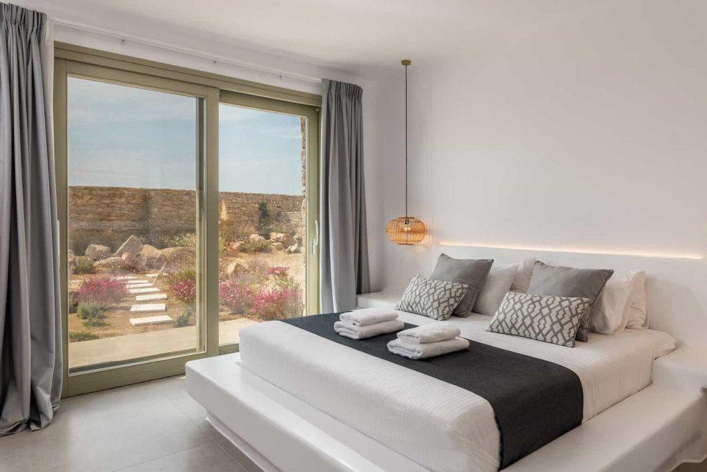 Mykonos luxury villa Sunny9