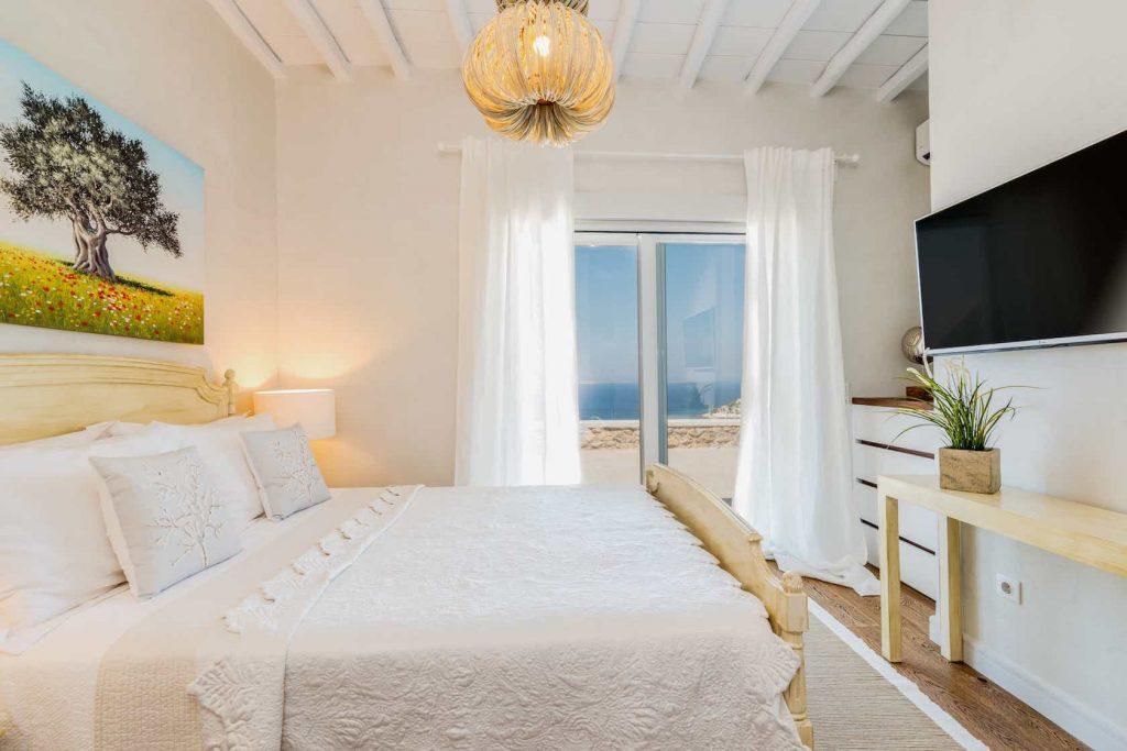 Mykonos luxury villa Themeli26