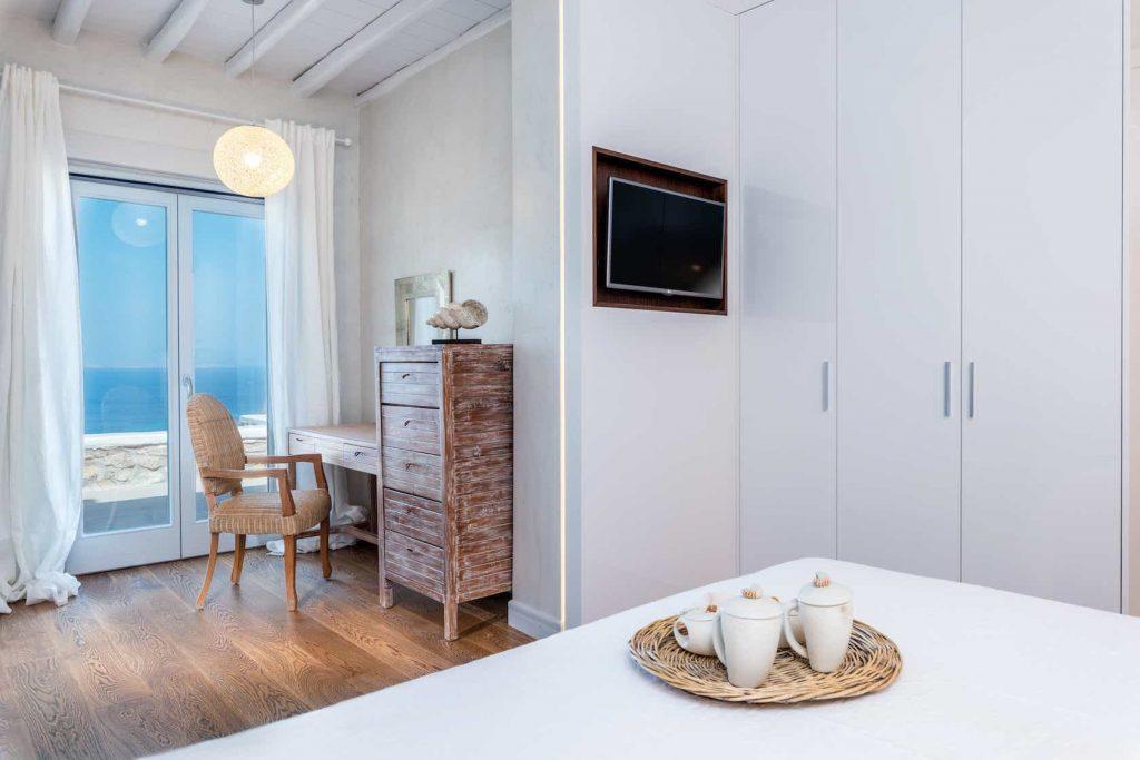 Mykonos luxury villa Themeli40