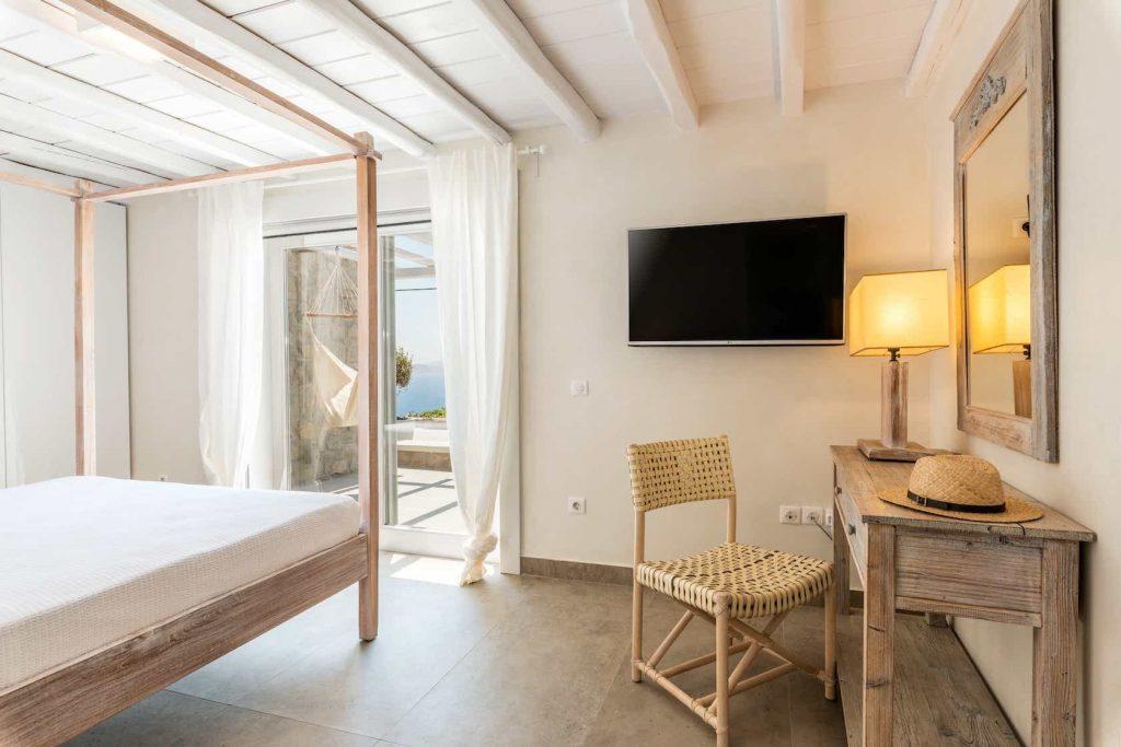 Mykonos luxury villa Themeli9