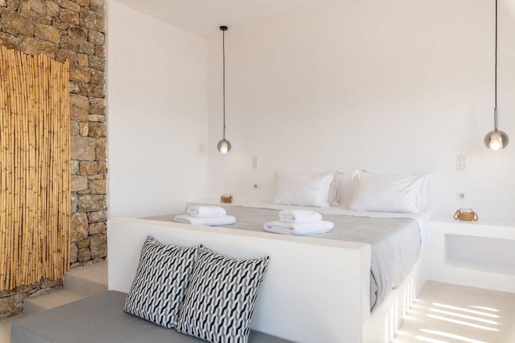 Mykonos-Luxury-Villa-Trinity10