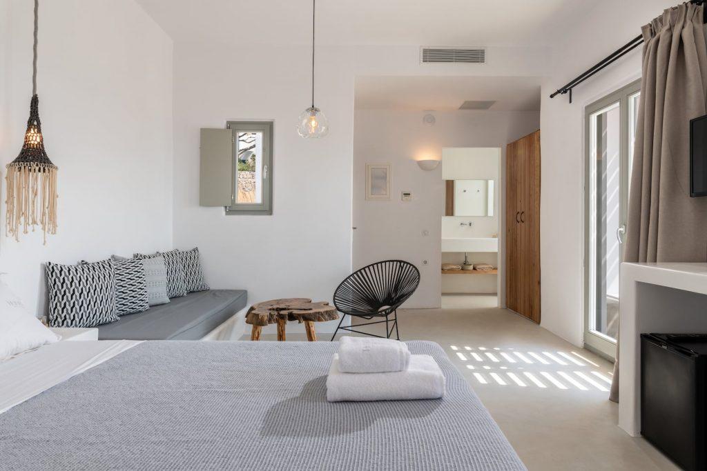 Mykonos-Luxury-Villa-Trinity40