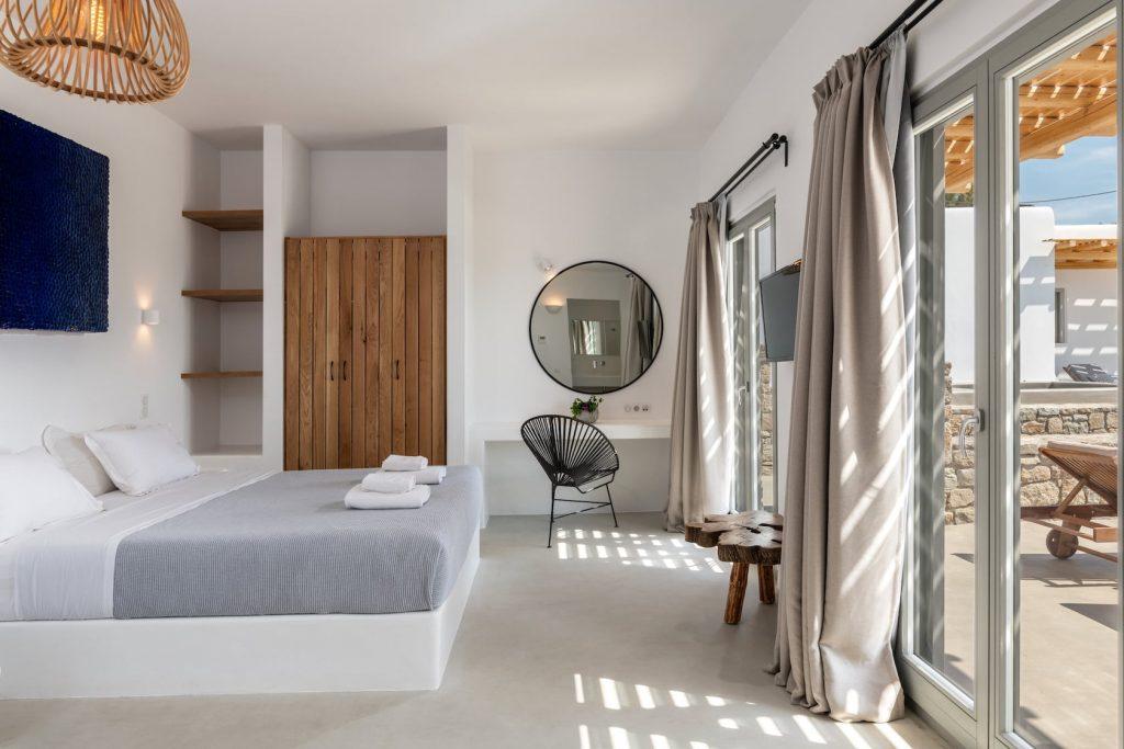 Mykonos-Luxury-Villa-Trinity43