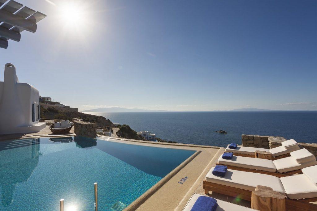Mykonos-Luxury-Villa-Valencia1