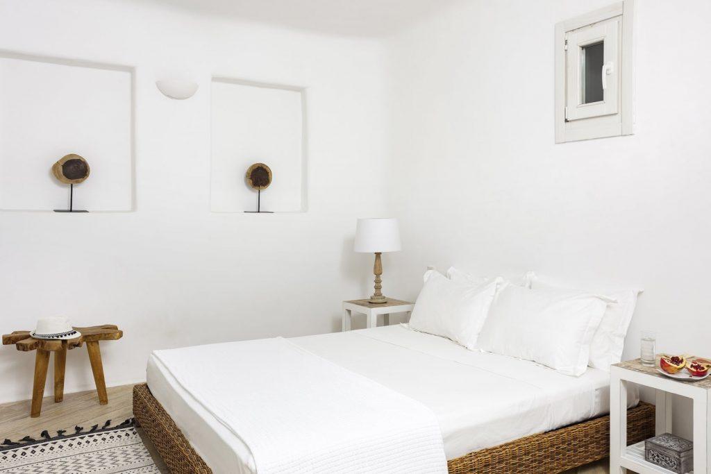 Mykonos-Luxury-Villa-Valencia16