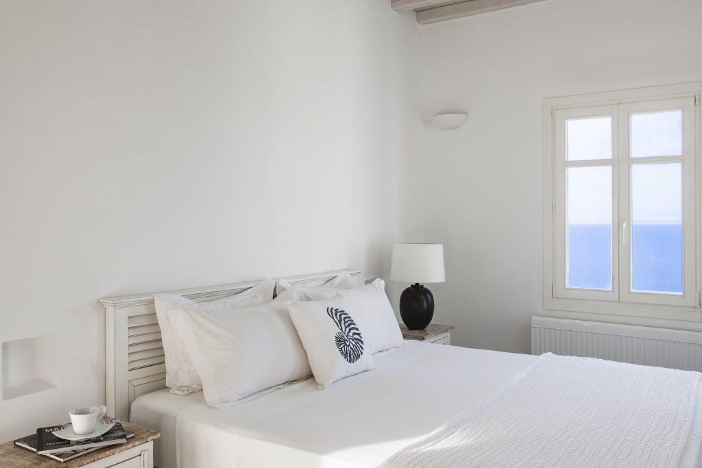 Mykonos-Luxury-Villa-Valencia19