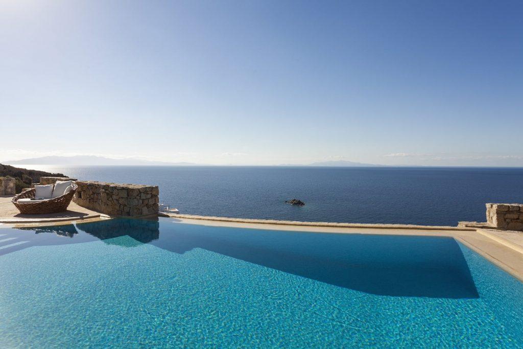 Mykonos-Luxury-Villa-Valencia6