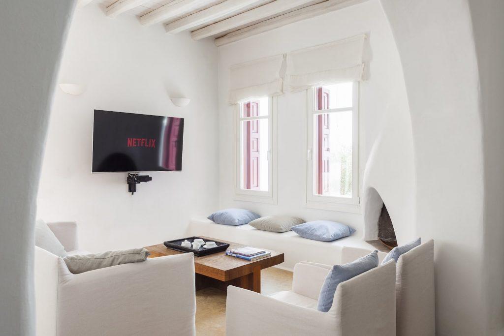 Mykonos-Luxury-Yolande-Villa1