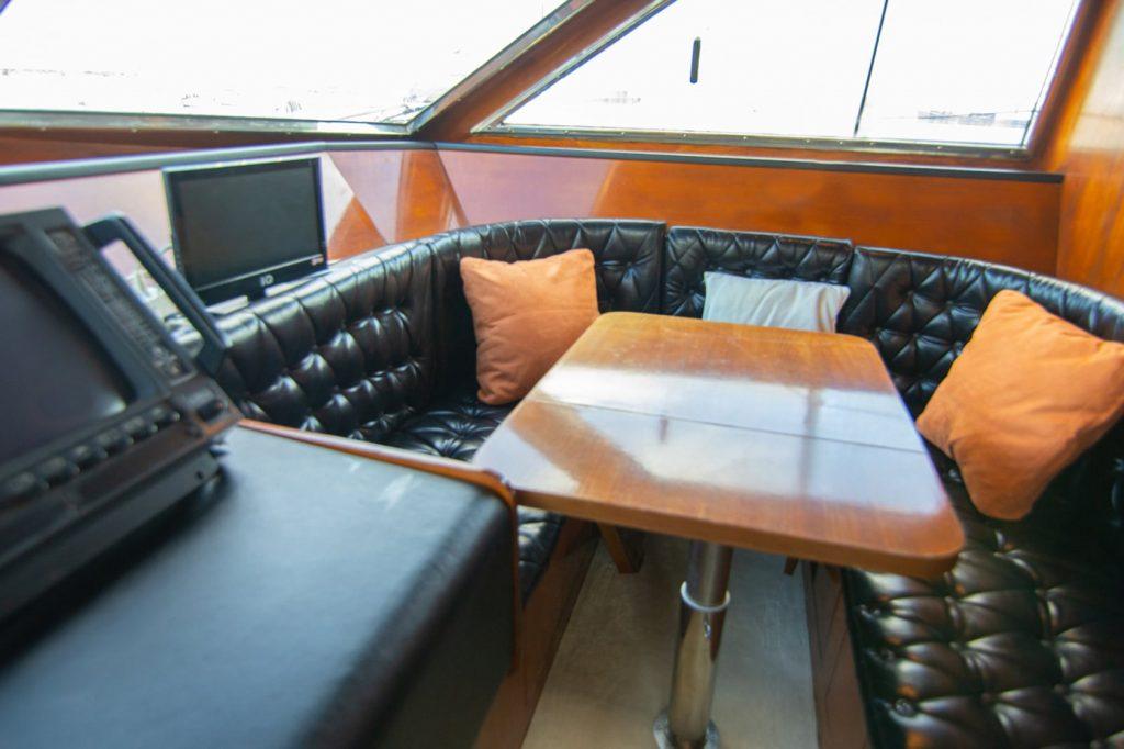 Mykonos Luxury Yacht Akhir  20