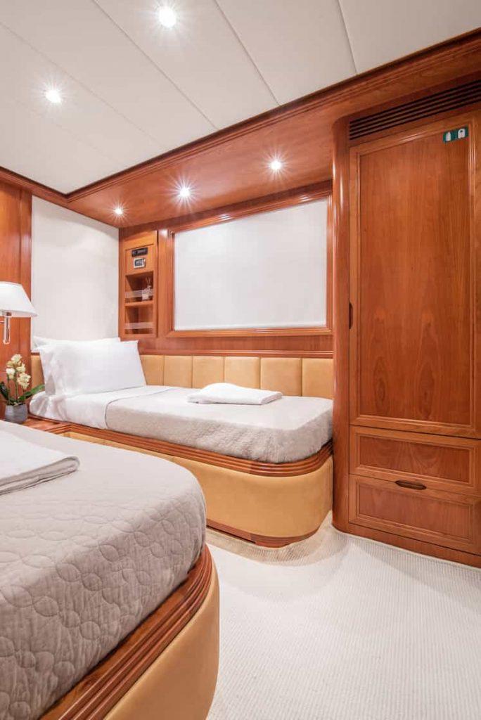 Mykonos luxury yacht Alalunga78ft31