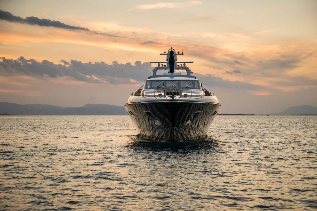 Mykonos-Luxury-Yacht-Aquarella14