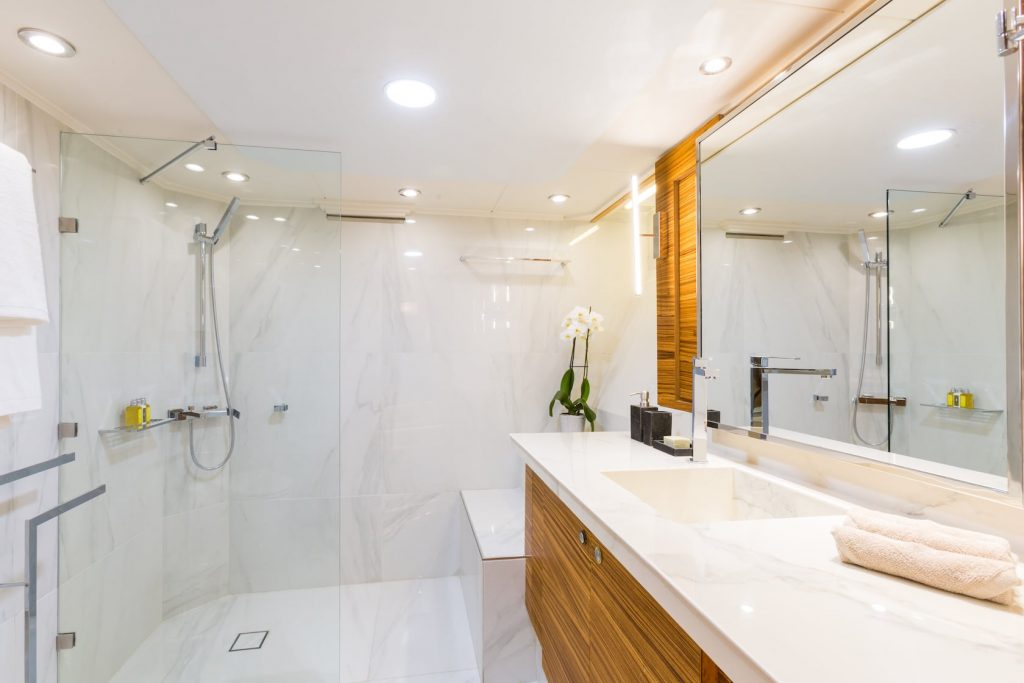 Mykonos-Luxury-Yacht-Aquarella15