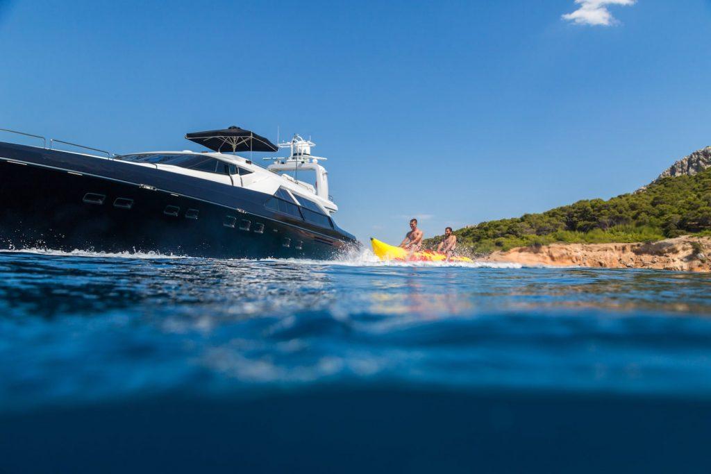 Mykonos-Luxury-Yacht-Aquarella21