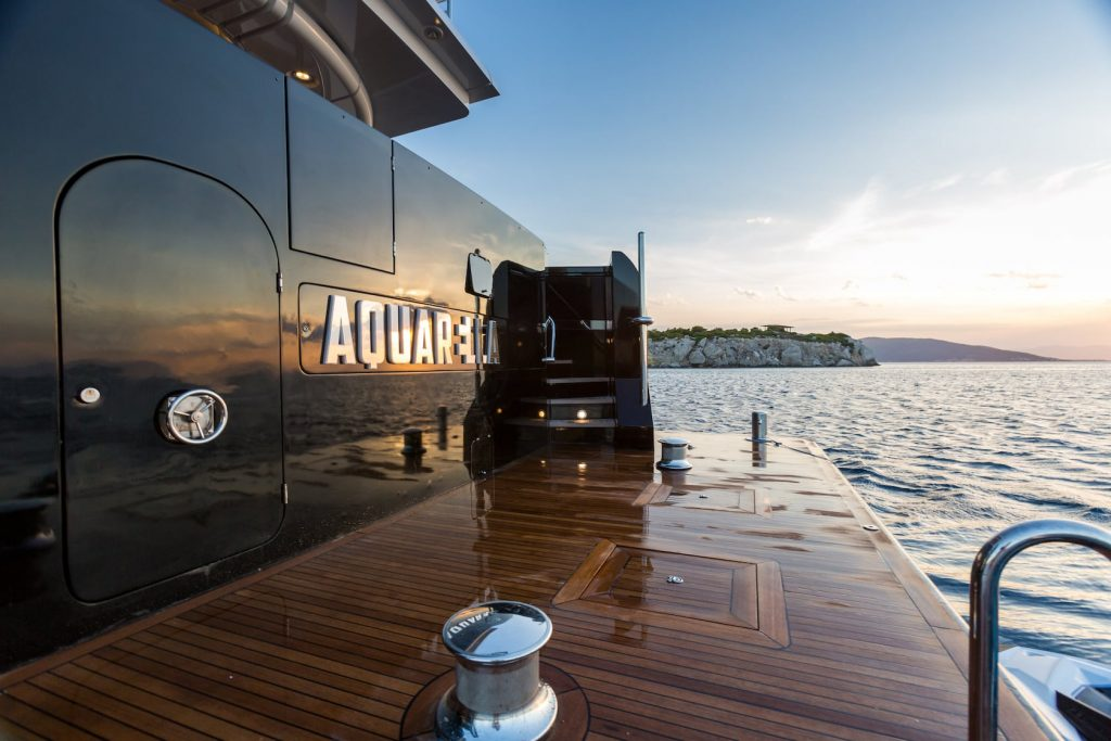 Mykonos-Luxury-Yacht-Aquarella25