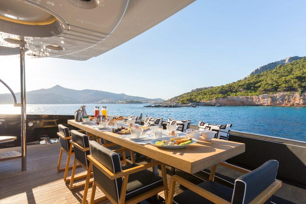 Mykonos-Luxury-Yacht-Aquarella30