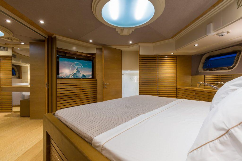 Mykonos-Luxury-Yacht-Aquarella7
