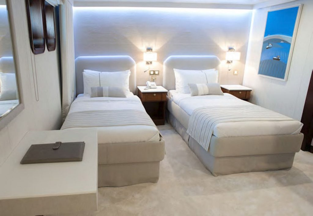 Mykonos Luxury Yacht Chakra12