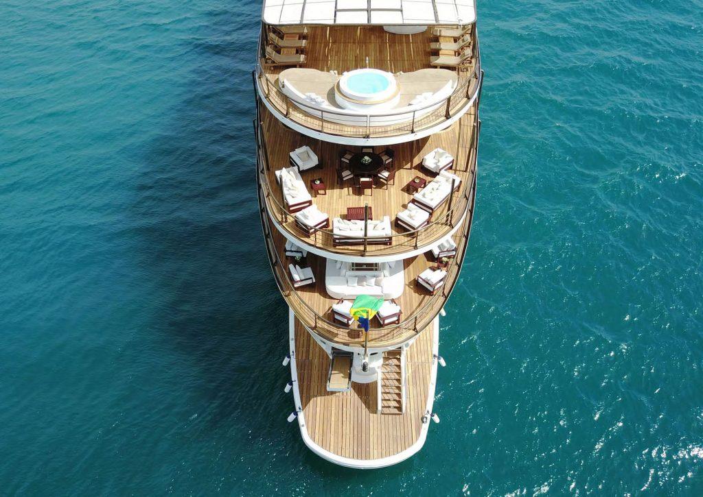 Mykonos Luxury Yacht Chakra13