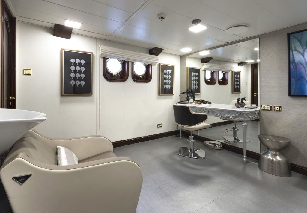 Mykonos Luxury Yacht Chakra14