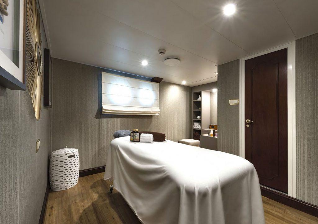Mykonos Luxury Yacht Chakra15