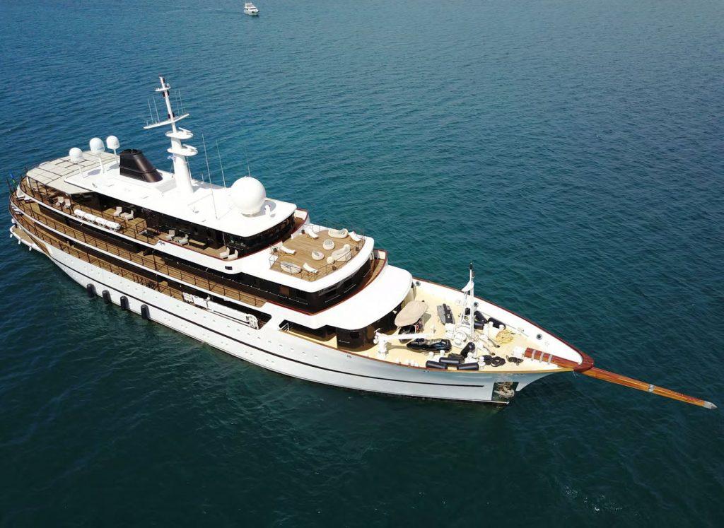 Mykonos Luxury Yacht Chakra4