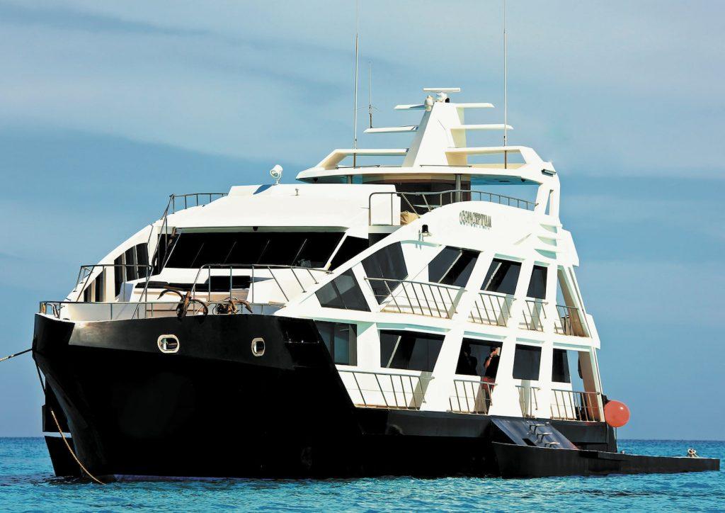 Mykonos Luxury Yacht Conceptum18