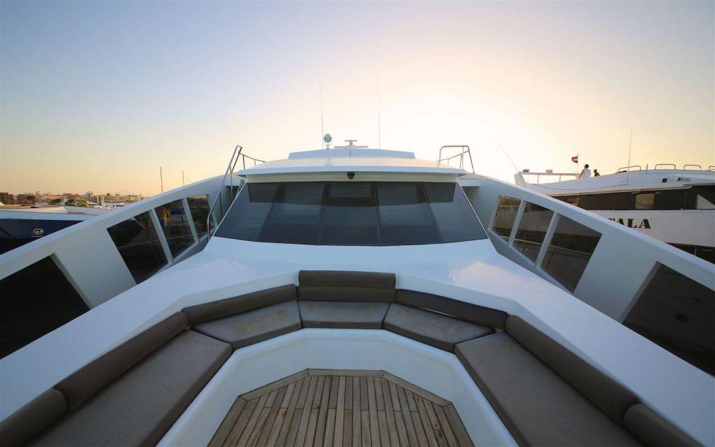 Mykonos Luxury Yacht Conceptum22