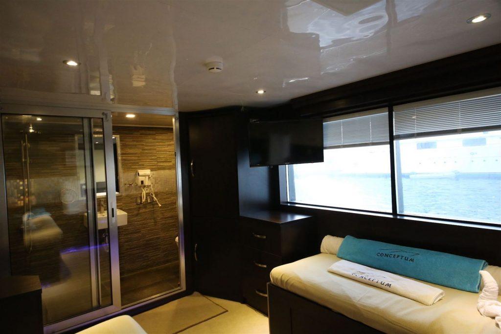 Mykonos Luxury Yacht Conceptum24