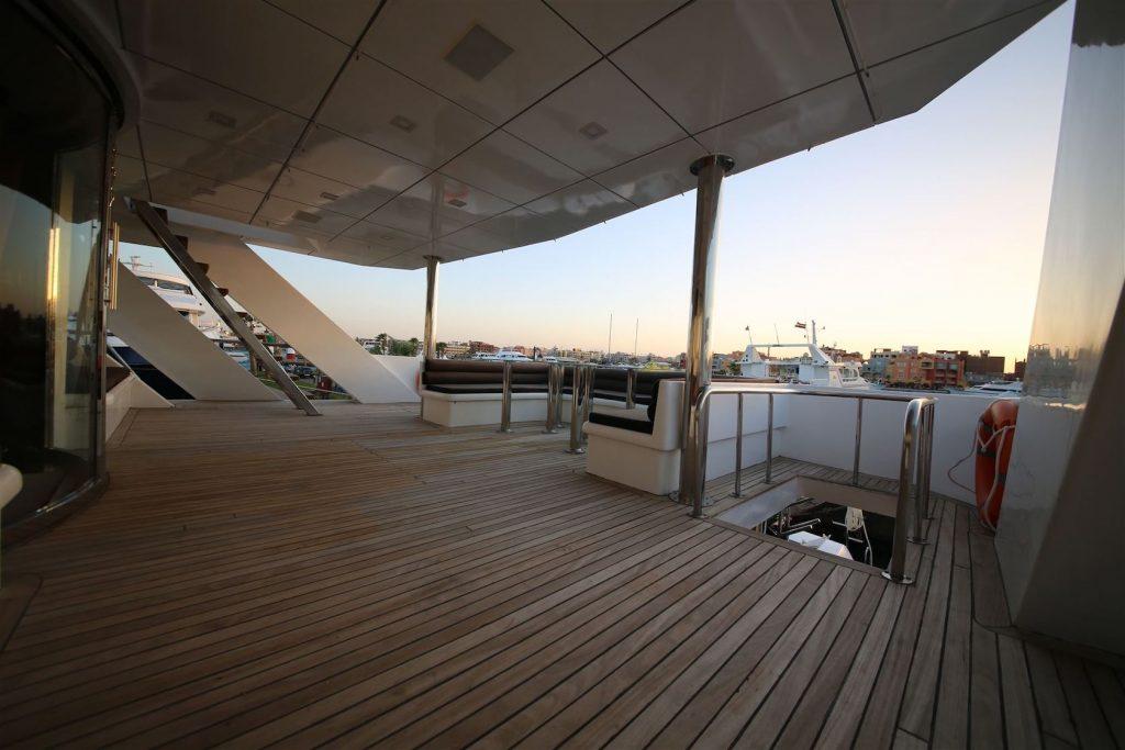 Mykonos Luxury Yacht Conceptum31
