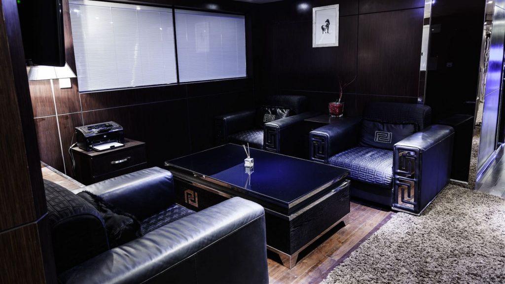 Mykonos Luxury Yacht Conceptum35