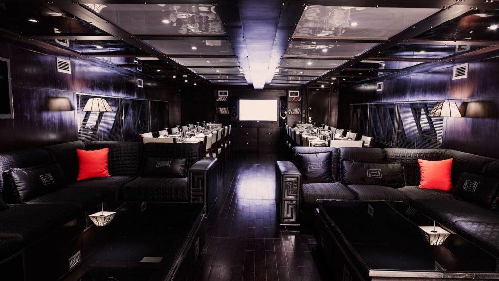 Mykonos Luxury Yacht Conceptum37