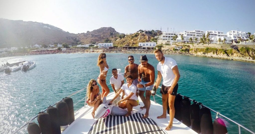 Mykonos Luxury Yacht Cruiser3