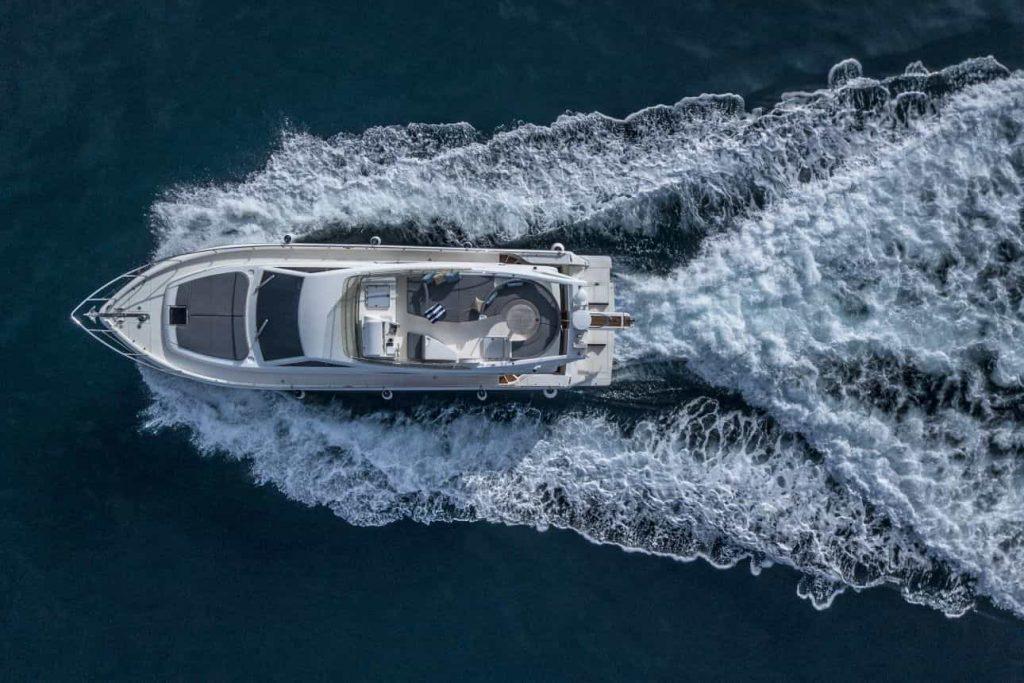 Mykonos luxury yacht Ferretti 53 Flybridge - Baby9