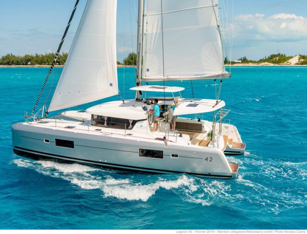 Mykonos Luxury Yacht Lagoon42_3