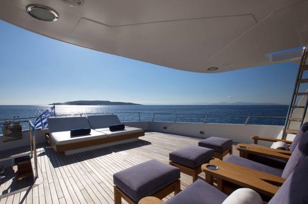 Mykonos Luxury Yacht LibraY13